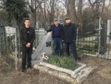 У могилы Гвоздева 11.03.2020.jpg
